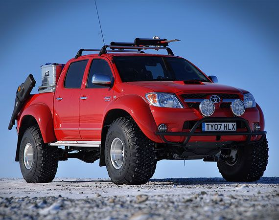 arctic-trucks-hilux-red