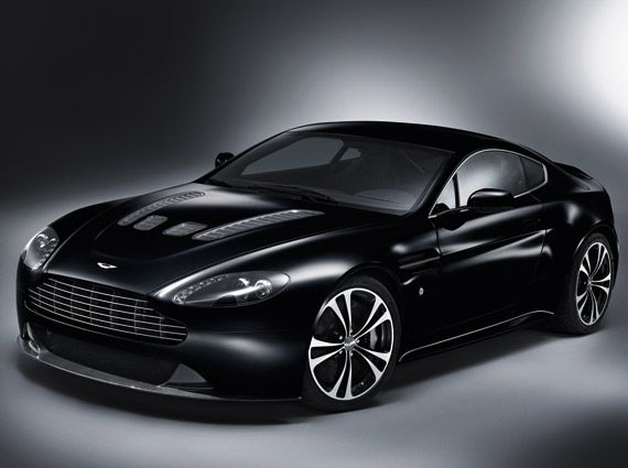 aston-martin-carbon-black-vantage