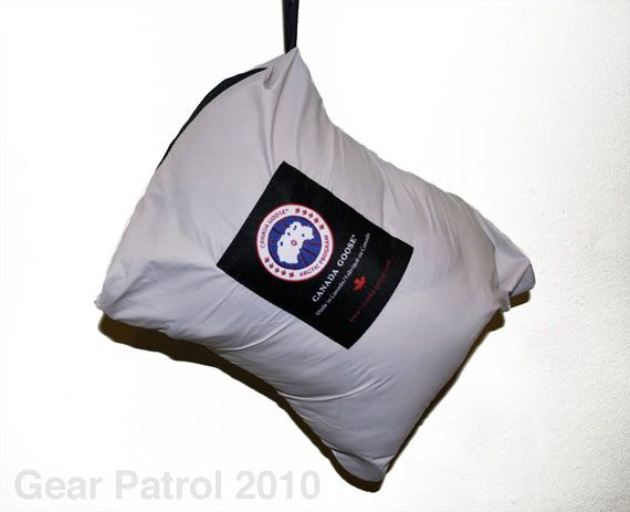 canada-goose-lodge-down-jacket-sack