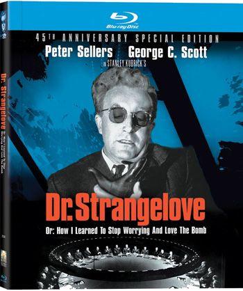 dr-strangelove-essential-movie-blu-ray