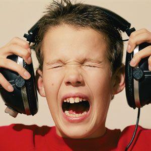 gym-loud-music