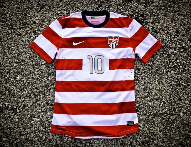 01d08caf7580a Nike Team USA Soccer Jersey • Gear Patrol