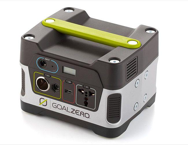 Goal-Zero-Yeti-150-gear-patrol
