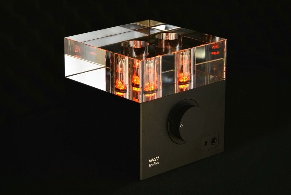 wooaudio-wa7-fireflies-headphone-amp-gear-patrol-full