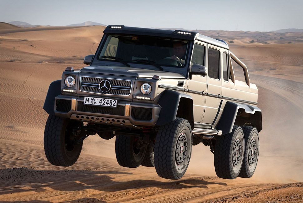 mercedes-benz-amg-6×6-gear-patrol-slide-1