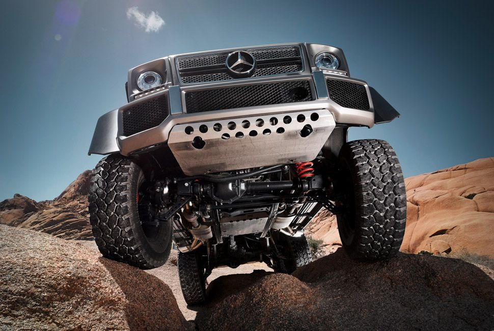 mercedes-benz-amg-6×6-gear-patrol-slide-2