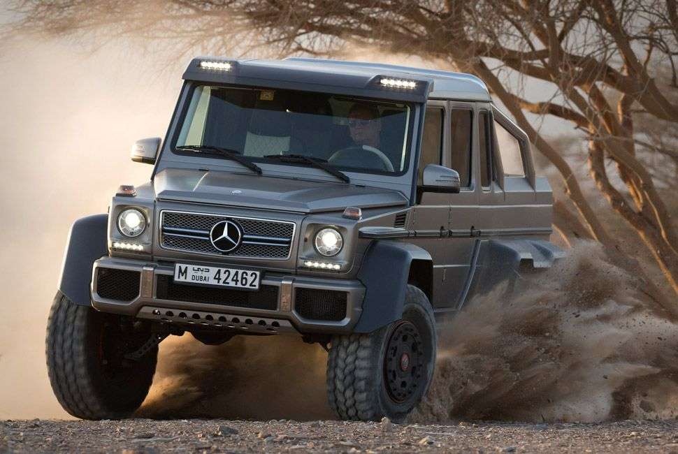 mercedes-benz-amg-6×6-gear-patrol-slide-9