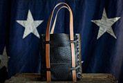 Holdfast-Bison-Bag-Gear-Patrol