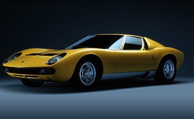 1967-Lamborghini-Miura-gear-patrol