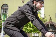 Betabrand-Bike-to-Work-Jacket-gear-patrol