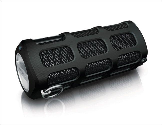 Philips-ShoqBox-SB7200-Bluetooth-Speaker-gear-patrol