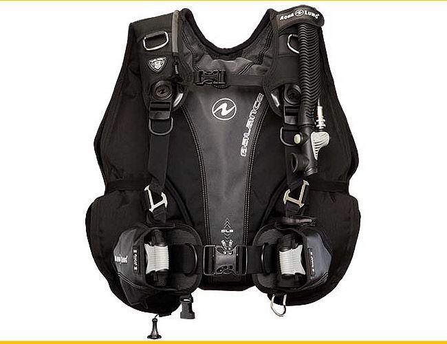 Aqua-Lung-Balance-Buoyancy-Compensator-Gear-Patrol