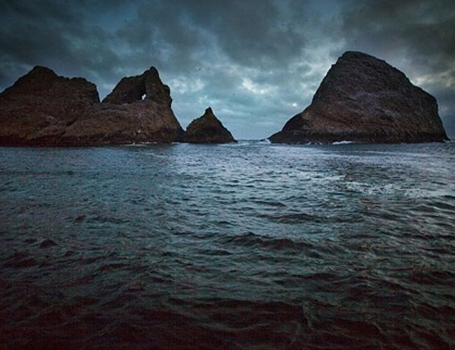 Farallon-Islands-to-Golden-Gate-Bridge-10-most-challenging-open-water-swims-gear-patrol