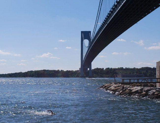 Manhattan-Island-Marathon-Swim-10-most-challenging-open-water-swims-gear-patrol