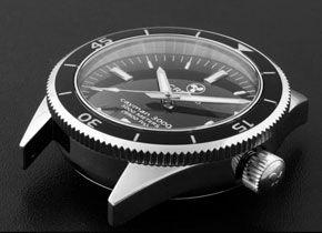 crepas-cayman-3000-gear-patrol-sidebar