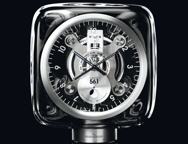 Icon-Jaeger-Lecoultre-Atmos-Gear-Patrol-Ambiance