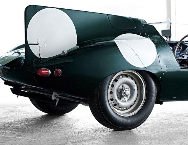 Icon-Jaguar-D-Type-Gear-Patrol-Ambiance-1