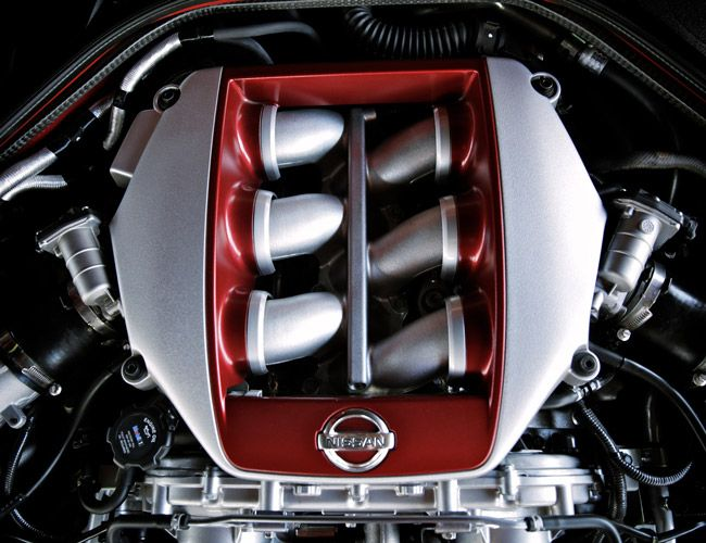 Nissan-GTR-Track-Edition-Gear-Patrol-Slide-6