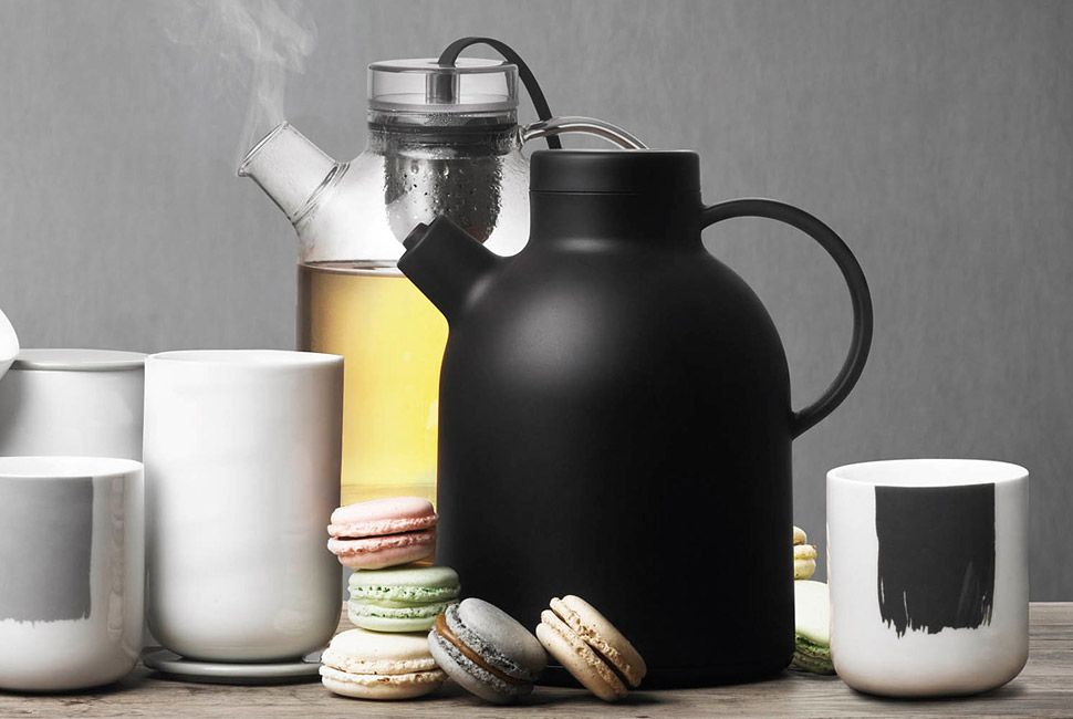 Kettle-Thermo-Jug-By-Norm-Architects-Gear-Patrol-Lead-Full