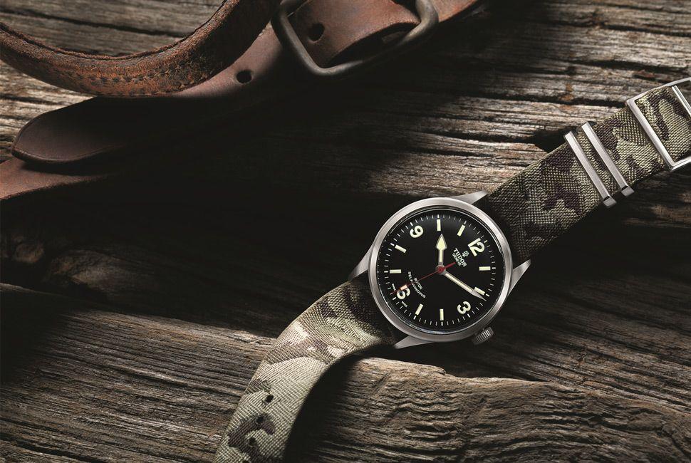 Tudor-Ranger-Heritage-Gear-Patrol-Lead-Full