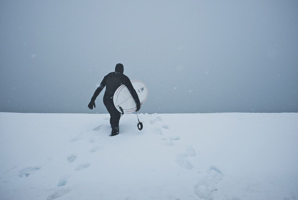 winter-surfers-of-new-england-gear-patrol-slide-17