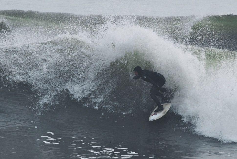 winter-surfers-of-new-england-gear-patrol-slide-7