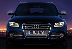 Under-the-Hood-Audi-SQ5