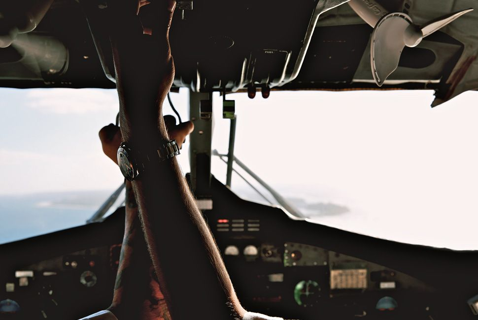 landing-caymans