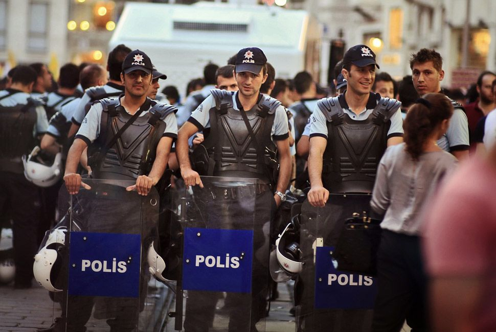 Istanbul-Gear-Patrol-Slide-23