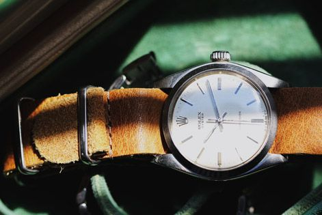 TK-Selects-Rolex-Oyster-Linen-Gear-Patrol-Ambiance-2