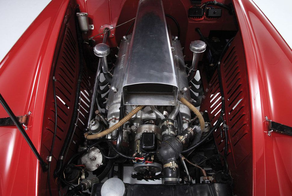 166-MM-Touring-Gear-Patrol-Slide-3