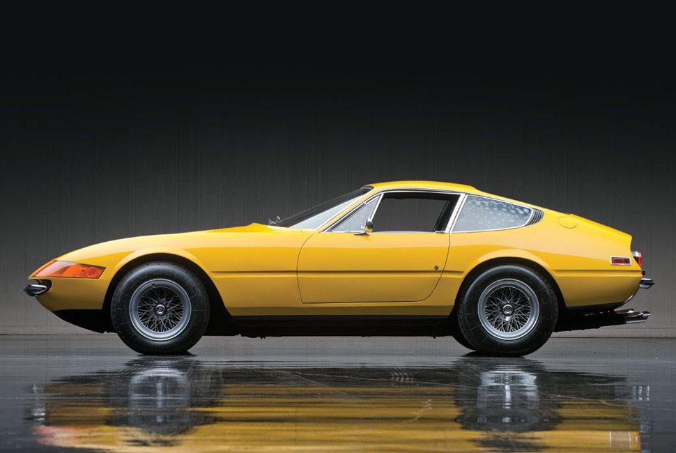 Ferrari-365-Daytona-Gear-Patrol-Slide-1