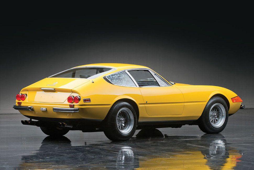 Ferrari-365-Daytona-Gear-Patrol-Slide-2