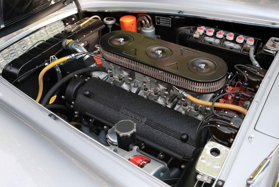 Ferrari-400-Superamerica-Gear-Patrol-Slide-5