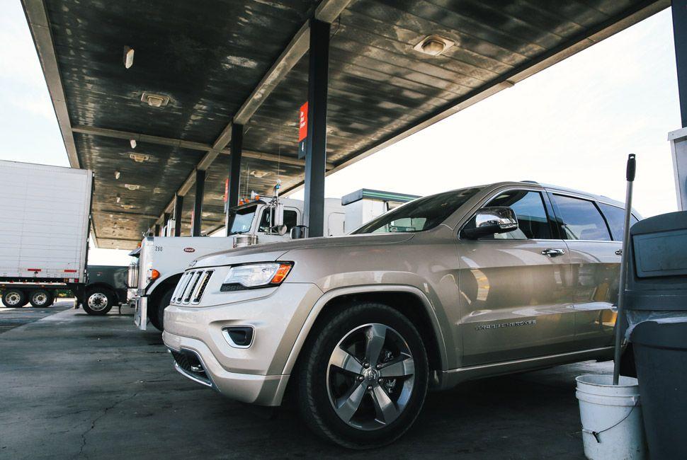 Jeep-Grand-Cherokee-Long-Term-Gear-Patrol-Slide-11