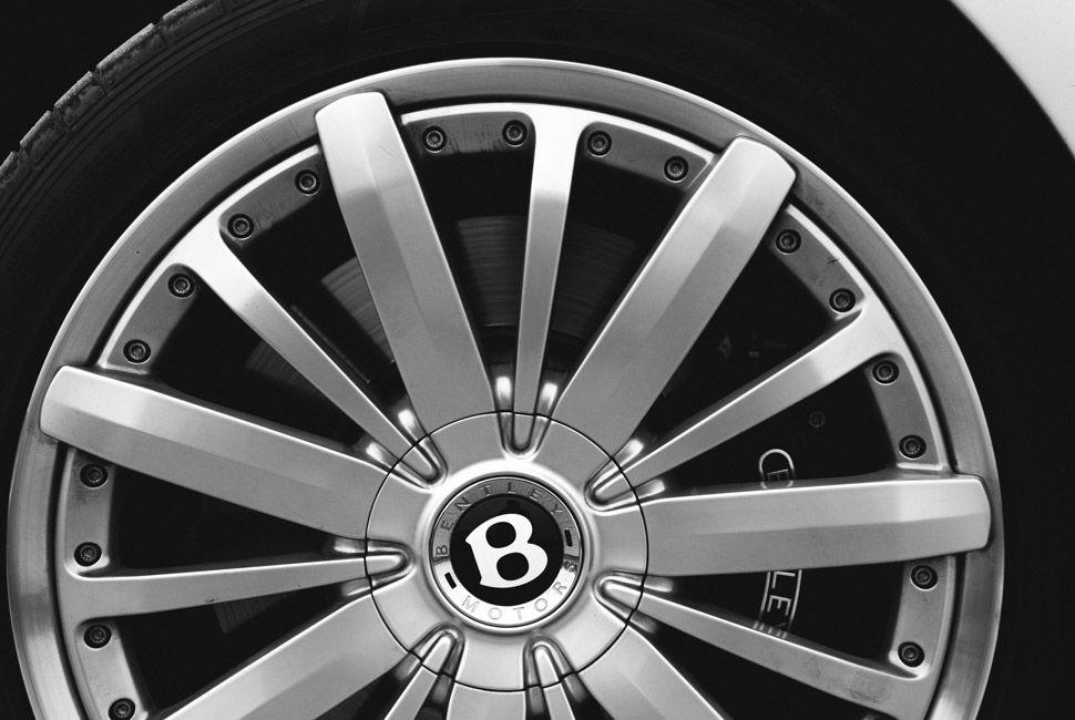 Bentley-Mulsanne-Gear-Patrol-Slide-4