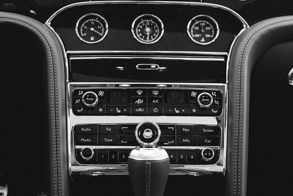 Bentley-Mulsanne-Gear-Patrol-Slide-9
