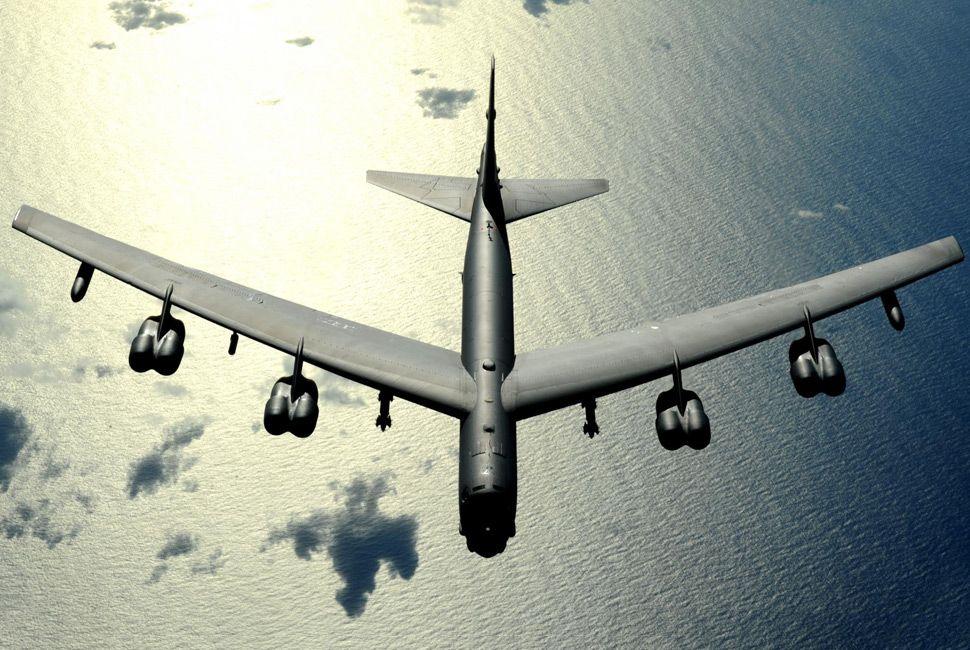 b-52-bomber