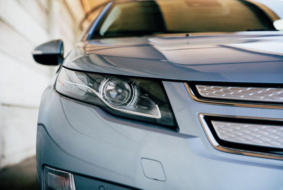 Chevy-Volt-Gear-Patrol-Slide-2