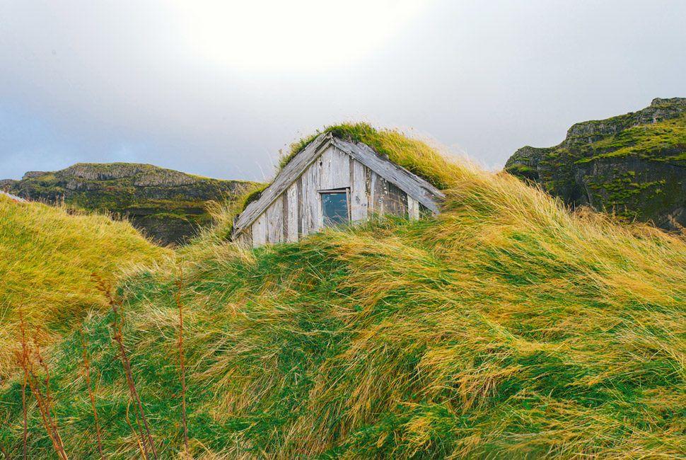 Iceland-Photo-Essay-Gear-Patrol-Slide-10