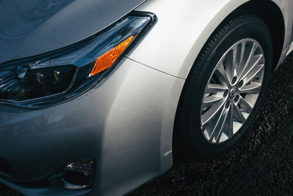 Toyota-Avalon-Gear-Patrol-Slide-4