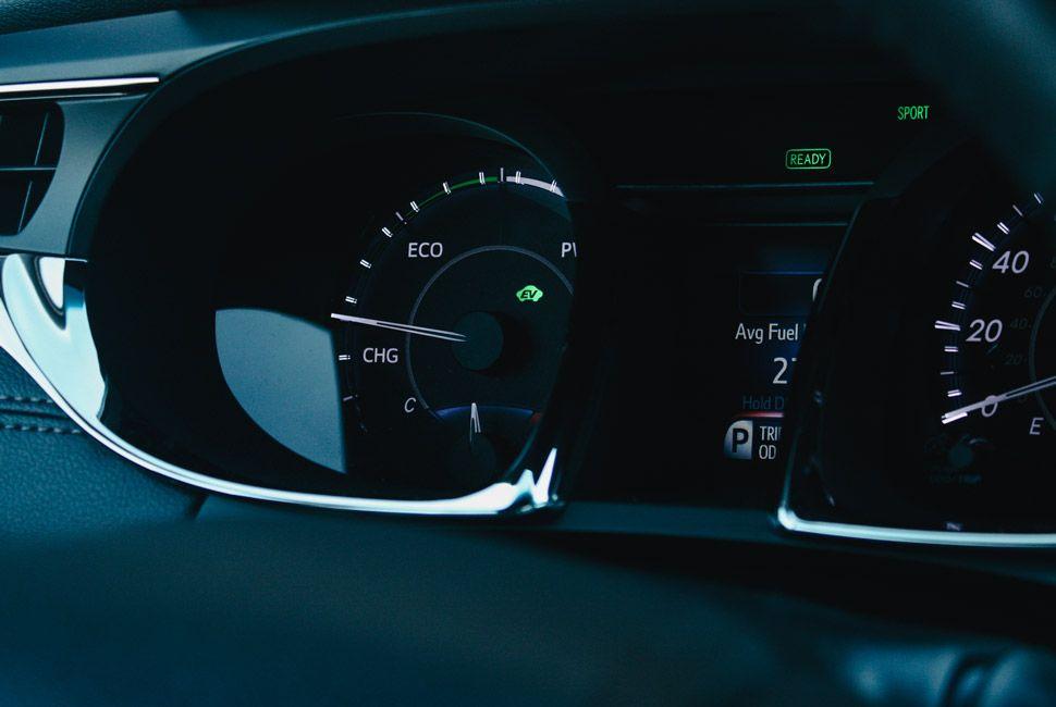 Toyota-Avalon-Gear-Patrol-Slide-5