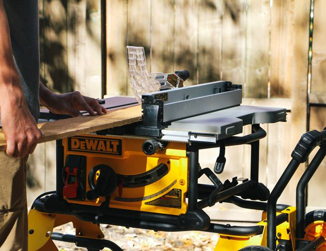 Review dewalt dwe7491rs 10 inch jobsite table saw gear for 12 inch table saw