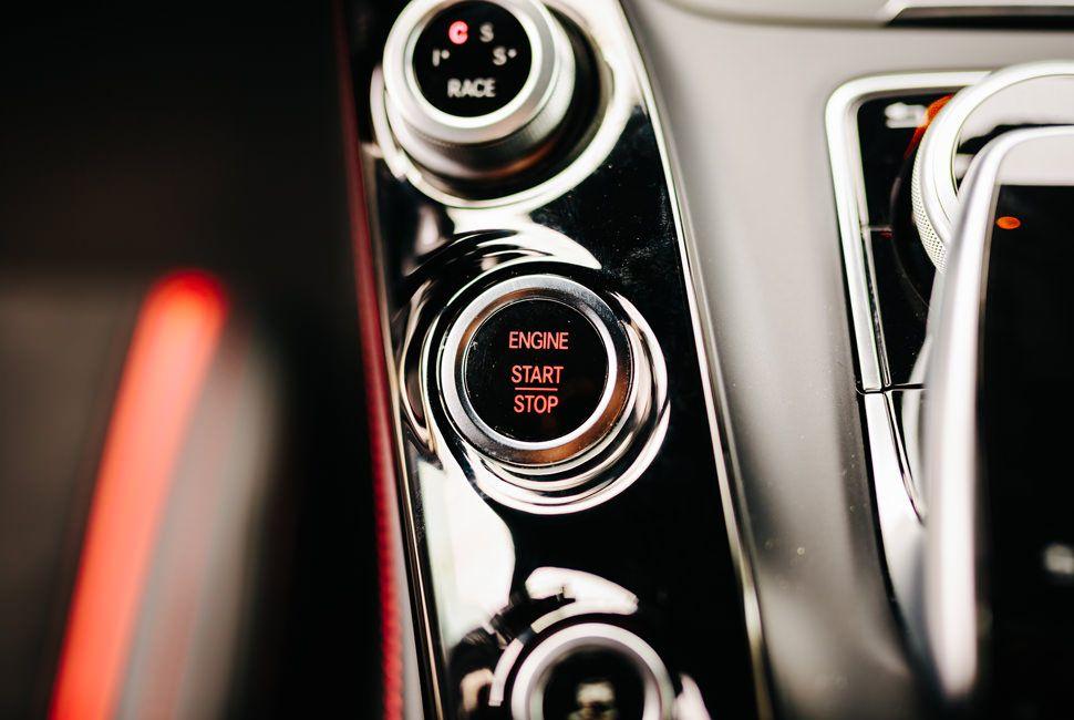 Mercedes-Benz-AMG-GT-Gear-Patrol-Slide-13