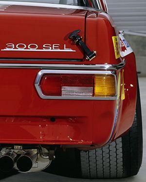 Mercedes-Benz-300-SEL-63-AMG-Gear-Patrol-Ambiance-1
