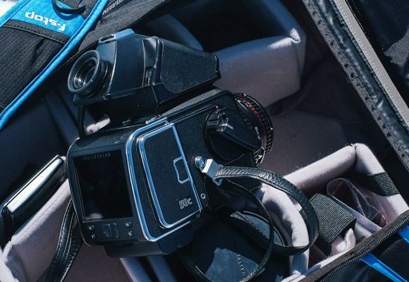 Hasselblad-Sidebar-Gear-Patrol