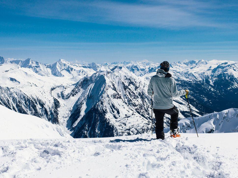 Heli-Skiing-Gear-Patrol-Slide-13