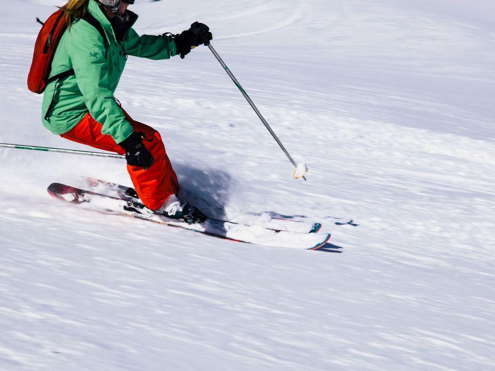Heli-Skiing-Gear-Patrol-Slide-16