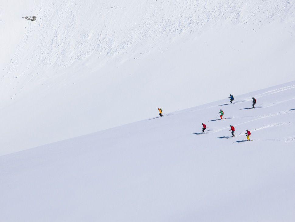 Heli-Skiing-Gear-Patrol-Slide-18