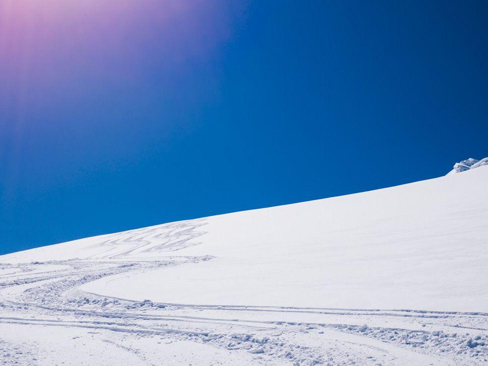 Heli-Skiing-Gear-Patrol-Slide-22
